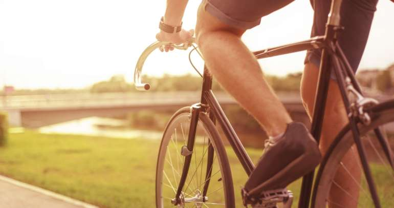 Common knee injuries for cyclists and how to prevent them